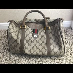 AUTHENTIC Gucci handbag. Great used condition